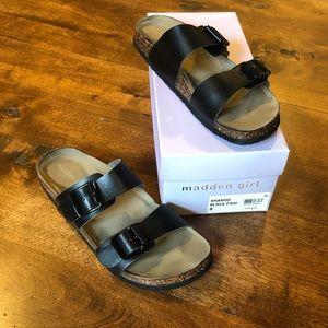 Madden Girl Brando Black Sandals Sz 8